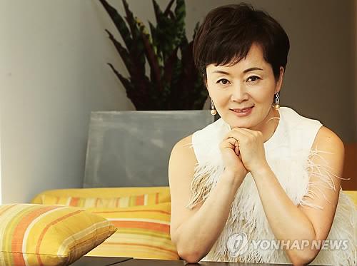 배우 김영애