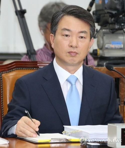 <강신명 청문회 '속전속결'…4시간만에 OK>(종합)