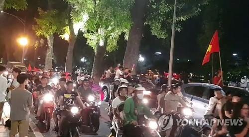 베트남, 축구 AG 첫 4강에 '발칵'…