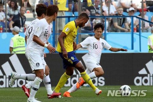 막내 이승우, 월드컵 데뷔…