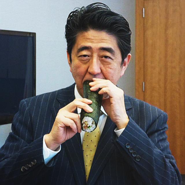 [인싸Eat]'후쿠시마산 먹방' 아베, 日도 등돌렸다