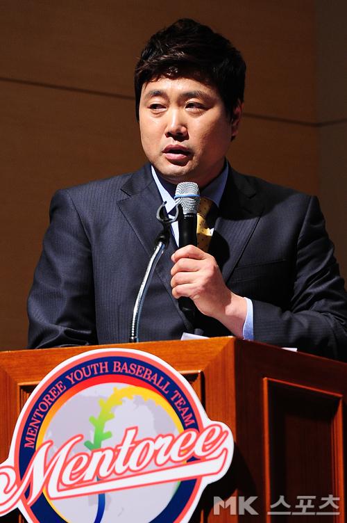 [mk포토] 멘토리 야구단 양준혁 이사장 `즐기는 야구 가르치고 싶다`