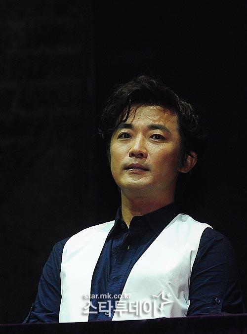 [포토] 뮤지컬 `잭더리퍼`에 출연하는 배우 안재욱