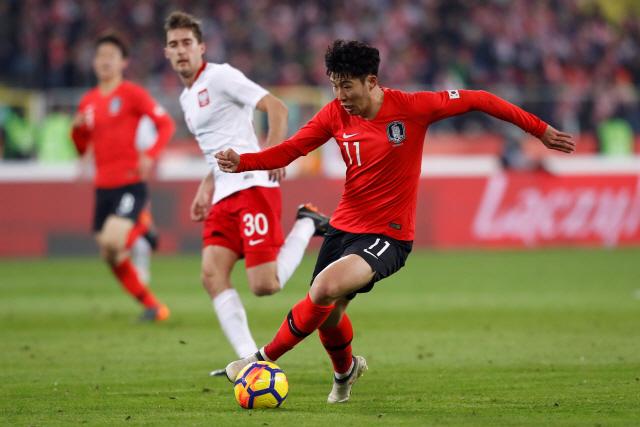 한국 축구 가상 독일 폴란드에 2-3 석패