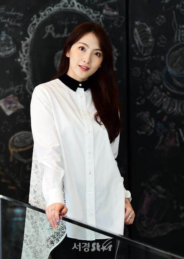 강지영, 우아한 눈빛 (인터뷰 포토)