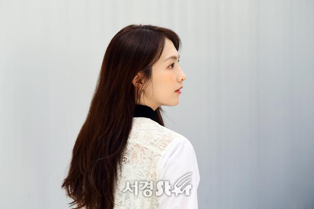 강지영, 눈부신 비주얼 (인터뷰 포토)