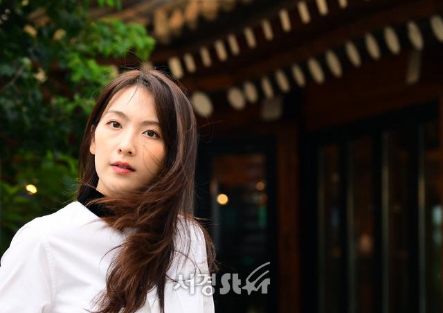 강지영, 내 눈빛에 빠져봐 (인터뷰 포토)