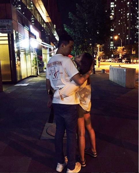 비와이, 여자친구와 달달한 사진 화제..카리스마는 어디? 진짜 '사랑꾼'
