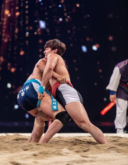 '씨름의 희열', 파이널 티켓 오픈 10분 만에 초고속 마감…'씨름 열풍 입증'