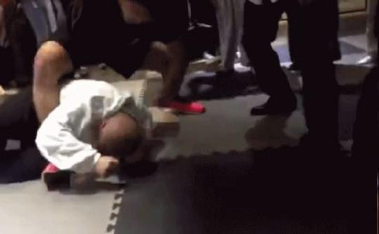 中国で太極拳載せられる達人が現代格闘家にガチでやりあった結果www [無断転載禁止]©2ch.netYouTube動画>2本 ->画像>16枚