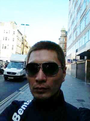임재범, `영국서 잘 있다` 셀카 사진 공개