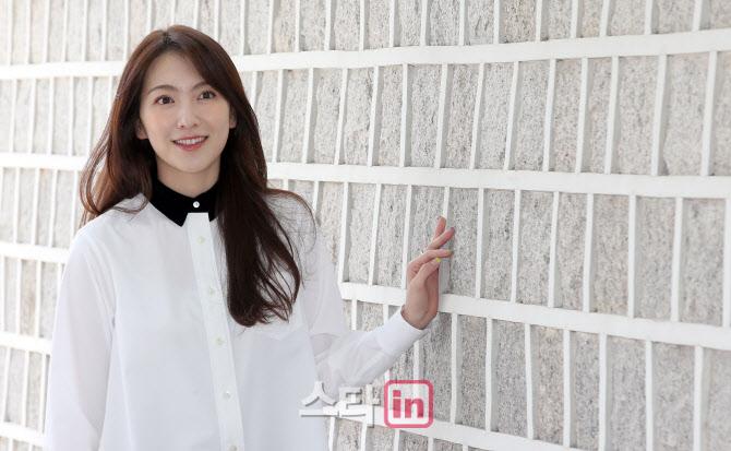 [포토]이데일리와 만난 배우 강지영