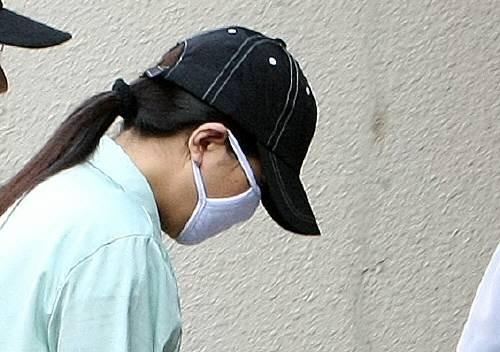 간첩 원정화, 아동학대 혐의로 수사