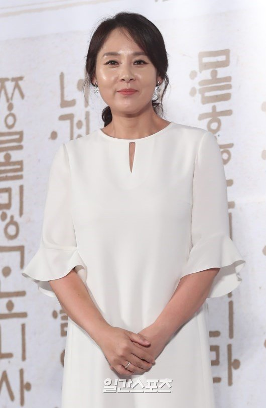 연극 공연 앞두고...배우 전미선, 전주 호텔서 숨진 채 발견