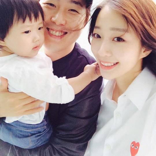 장범준 아내 송지수, SNS 사랑꾼 등극...결혼 2년차 맞아? '알콩달콩'