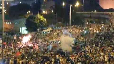 홍콩, '센트럴 점거' 시위 격화...최루탄 발포