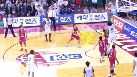 '하승진 효과' KCC, 개막 첫승
