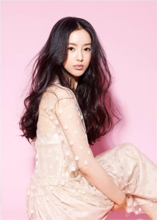 '제2의 하수빈' 이지안 두 번째 미니앨범 '땡큐' 발표
