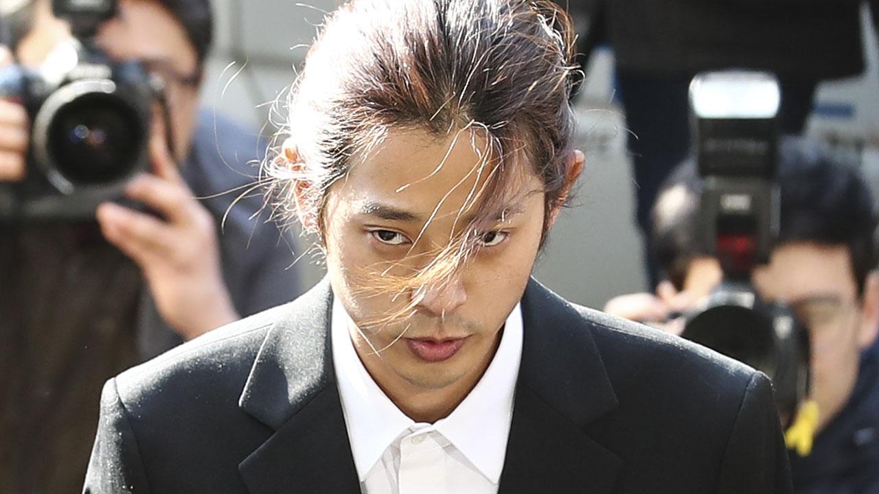 [속보] '불법 성관계 영상' 정준영 구속영장 신청
