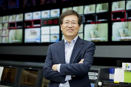 MBN, '배철수 동생' 배철호PD 제작본부장으로 영입!