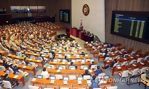 20대 국회 전반기 상임위원장 선출…기재위원장 조경표 최소득표