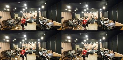 김경현, 연말 콘서트 준비에 한창 화려한 '록 스피릿' 무대 예고