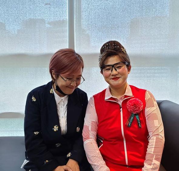 """송은이, 둘째이모 김다비 응원 """"우리 이모님 잘 부탁해요""""[M+★SNS]"""