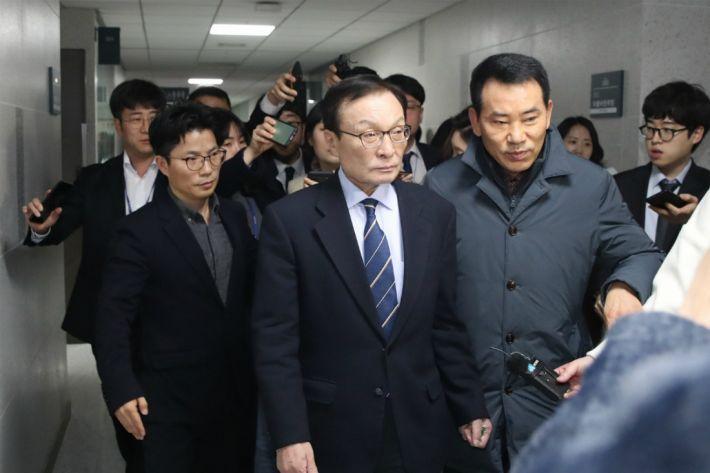 민주당, 임미리 교수·경향신문 고발 취하…