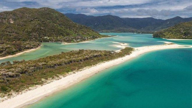 뉴질랜드 남섬 해변, 크라우드펀딩으로 19억원 모아 공중의 품으로