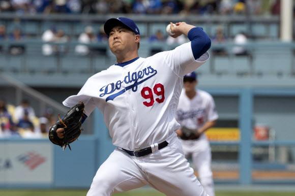 류현진, 메이저리그 7시즌 만에 고대하던 첫 홈런