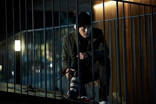 '꾼' 현빈, 18층 난간에 매달린 사연…