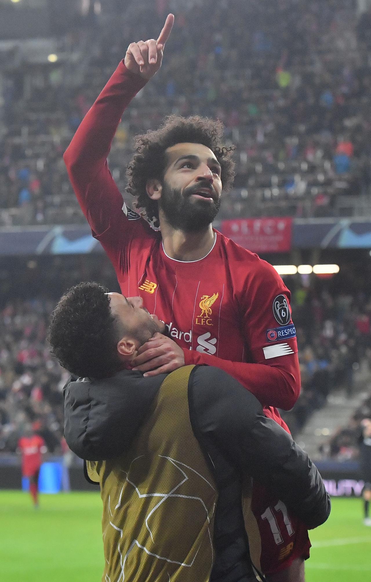 이변은 없었다…리버풀, '황희찬 풀타임' 잘츠부르크 2-0 꺾고 챔피언스리그 16강 진출