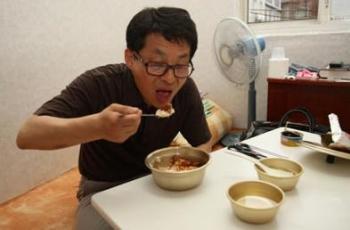 차명진의원 '6,300원짜리 황제의 삶' 에 네티즌 냉소