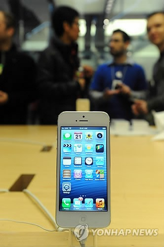 USA APPLE IPHONE 5 LAUNCH - 포토뉴스