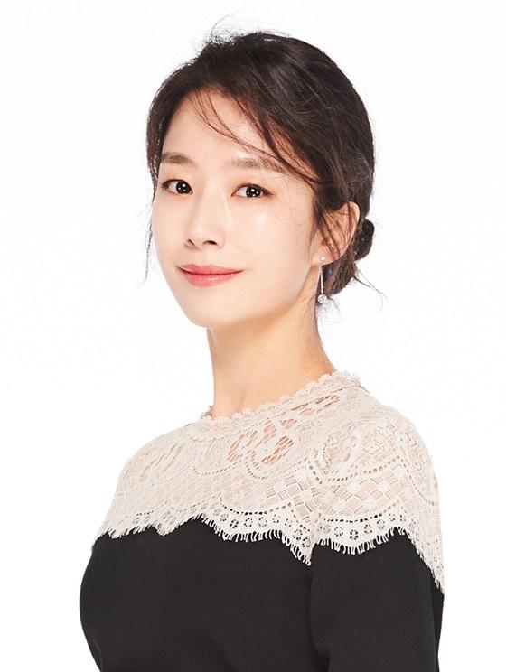 곽선영 '남자친구' 캐스팅..송혜교 비서 변신