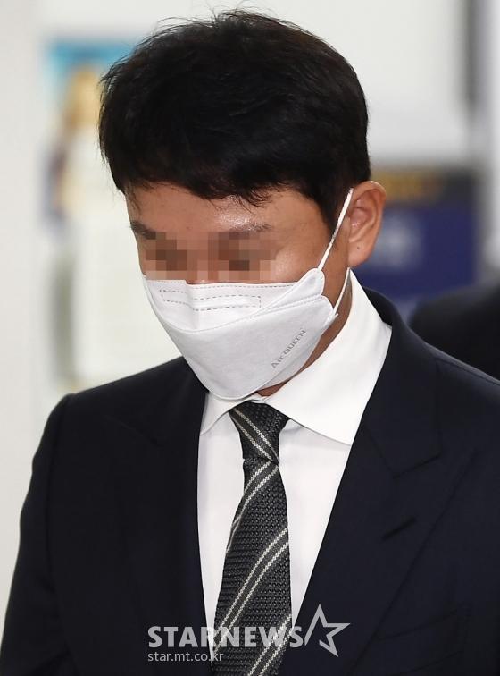 승리·유인석 '버닝썬' 3차 공판..증인신문 공방[종합]