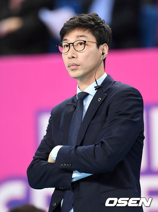 [사진]김세진 감독,'승리가 필요해'