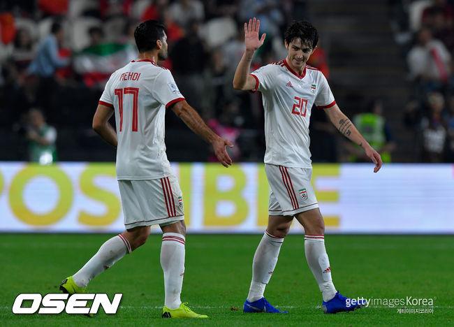 케이로스의 이란, 리피의 중국 3-0 완파... 4강서 일본과 격돌