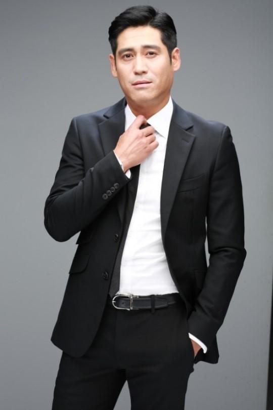 배우 이형철, 최수종·하희라와 한솥밥