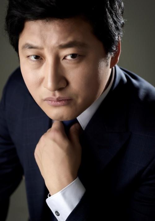 박진우 '비밀의 숲' 출연, 강력계 형사 役(공식)