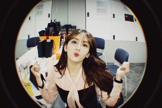 '홀로서기' 전소미, 여전히 깜찍한 미모...예뻐도 너무 예뻐