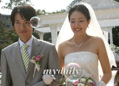 [MD포토]고민정 아나운서 '행복한 10월의 신부'