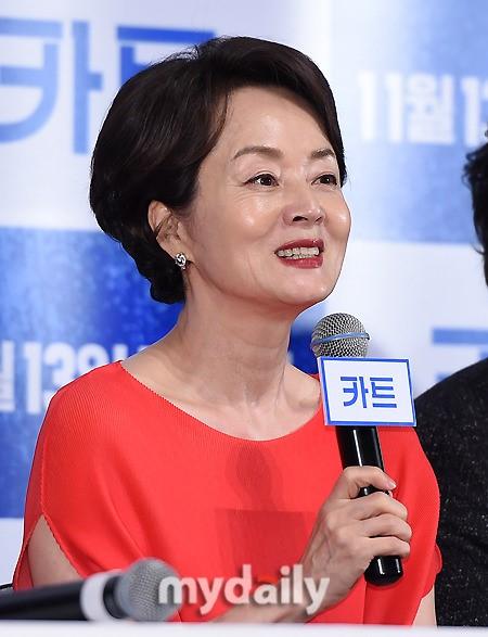 """'카트' 김영애 """"겉모습 망가지는 것에 대한 두려움 없다"""""""