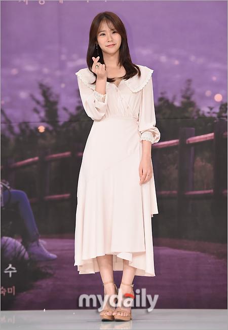[MD포토] 한승연 '사랑스러운 하트 포즈'