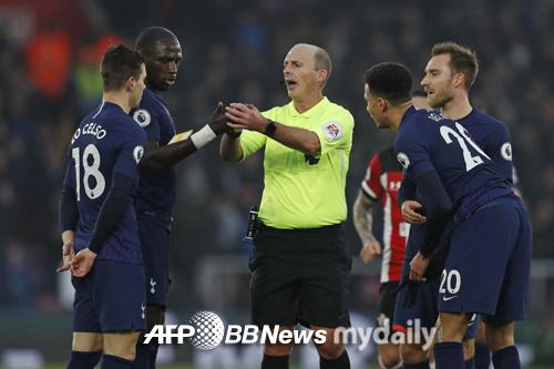 '공격진 침묵' 토트넘, 사우스햄튼에 0-1 패배