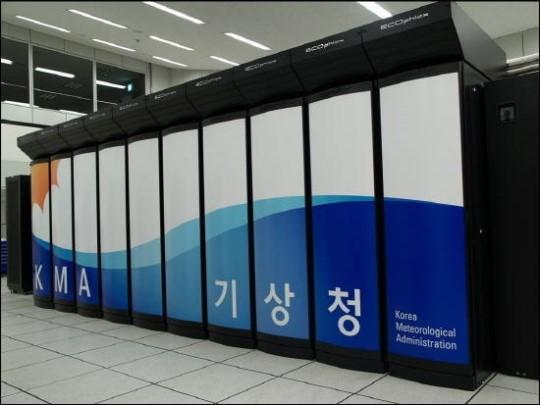 """""""5년을 기다렸다""""…기상청 슈퍼컴 4호기 도입에 IT업계 초미 관심"""
