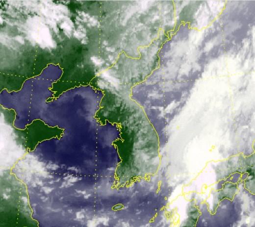 7호 태풍 찬투, 17일 日 동쪽 바다 지난다…한반도 영향은?