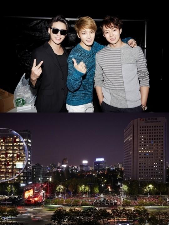 JYJ 영동대로 콘서트, 전세계팬 모였다..5만명 열광 '여전한 인기'