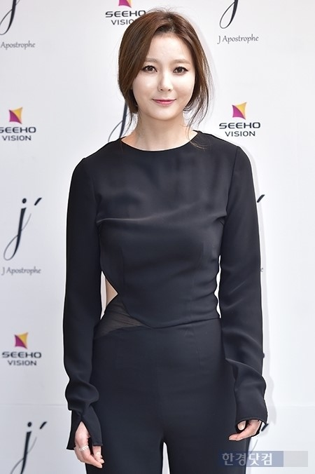 안혜경 '몰라보게 달라진 얼굴'..패션의 완성은 성형?