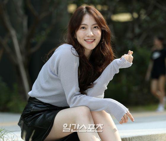 [포토] 강지영 '하트와 미소의 콜라보'